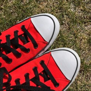 Converse Shoes - Men's Bright Red Chuck Taylor All Star Converse